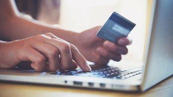 Online-Überweisung mit einer Bankkarte