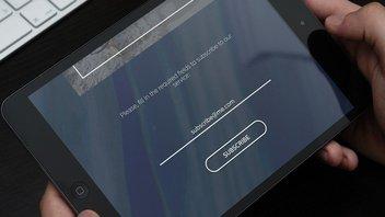 Abo-Formular auf einem Tabletbildschirm